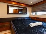 Sunseeker Yacht 86 *