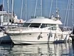 Motor YachtJeanneau Prestige 46 Fly for sale!